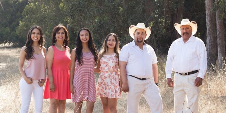 Marivel Bravo-Mendosa Family